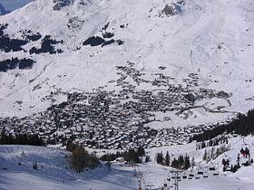 Vue aérienne de la station.