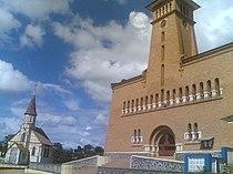 Les deux cathédrales Notre-Dame de l'Assomption