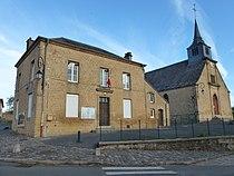 La mairie et l'église Saint-Nicolas
